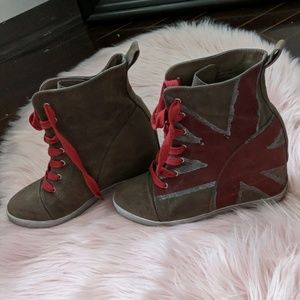 Suade Wedge Lace-ups with Europunk design